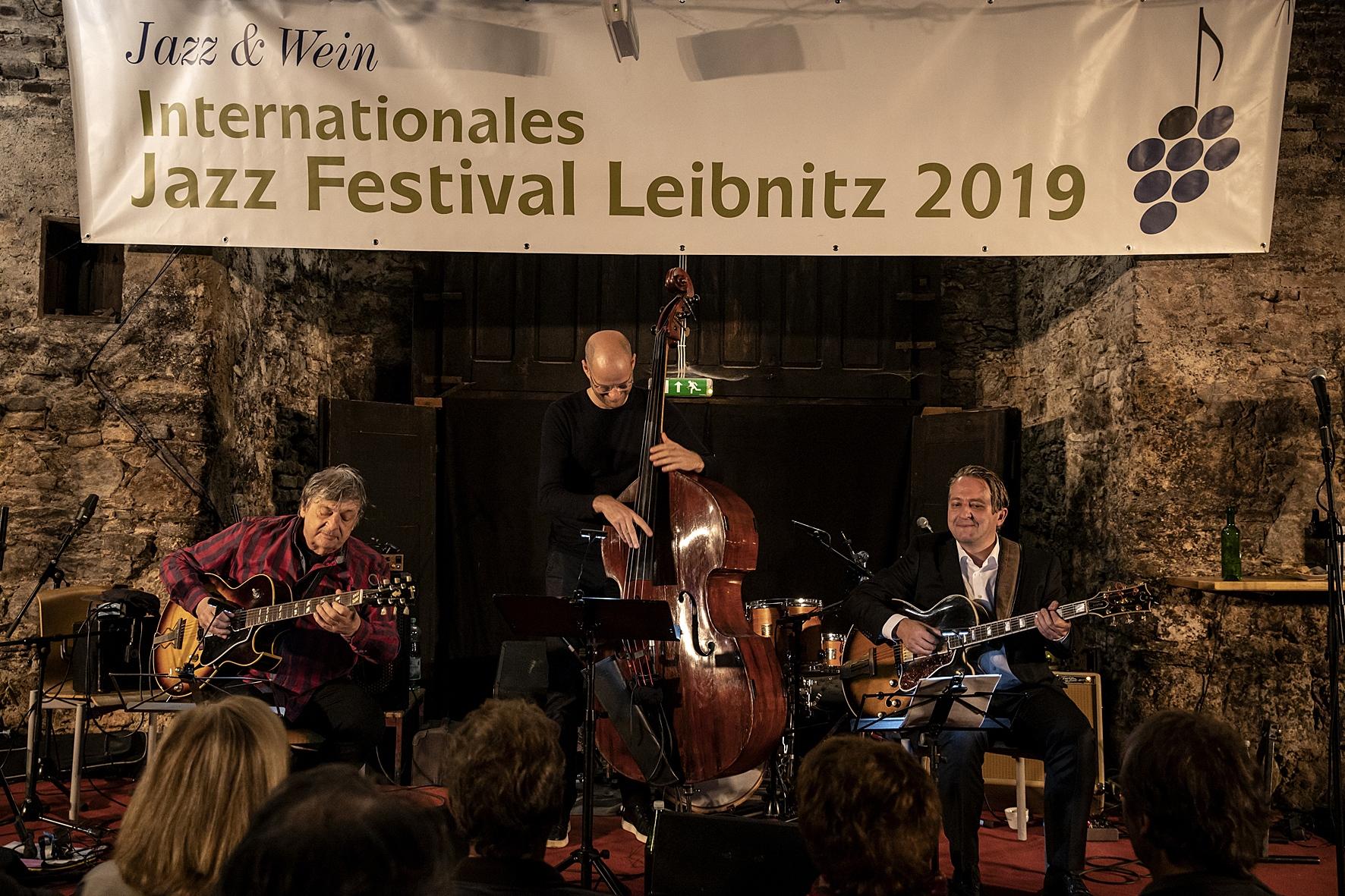 02-Catherine-Morello-Faller-Trio_023
